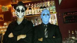 Baptiste et Thomas costumés pour Halloween